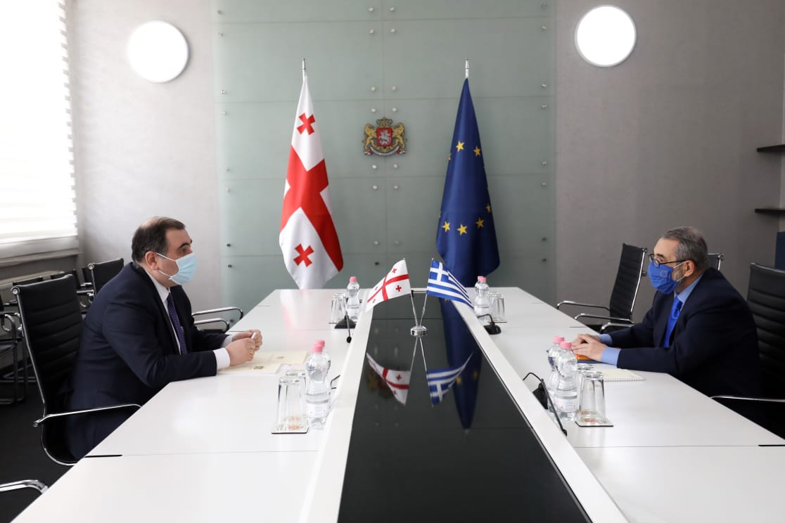 Mikheil Chkhenkeli discussed ways to expand cooperation with the Greek ambassador